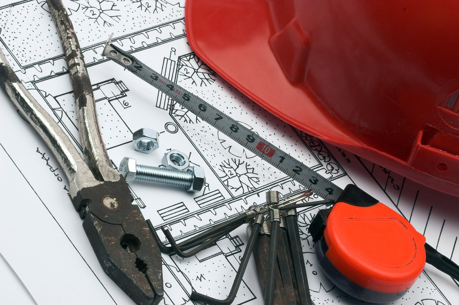 What To Consider When Buying Building Tools & Equipment